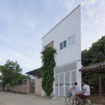 """Nhà """"siêu mỏng"""" ở Hà Nội khiến tạp chí kiến trúc thế giới ngỡ ngàng"""